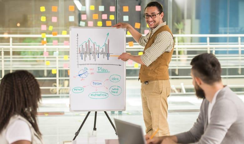 KPIをチームに浸透させる!Google AnalyticsからデータをSlackに自動投稿する方法