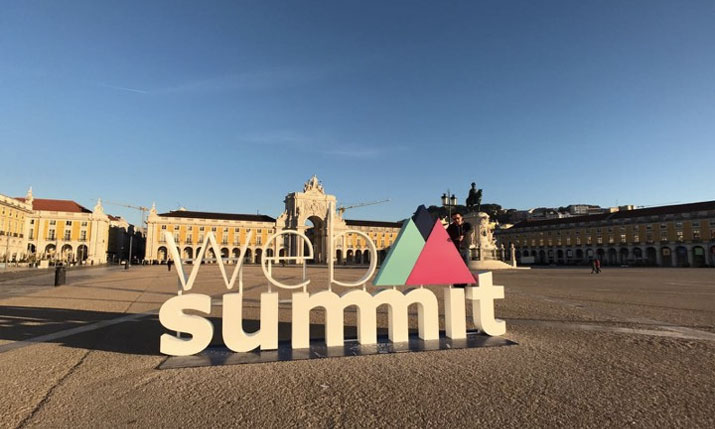 web-summit-sign