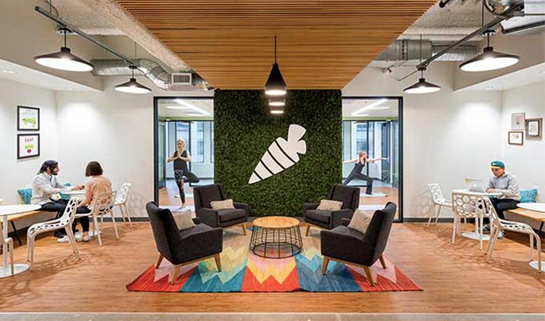 ブランド戦略 × オフィスデザイン ー 成功事例に見る企業ブランド構築手法